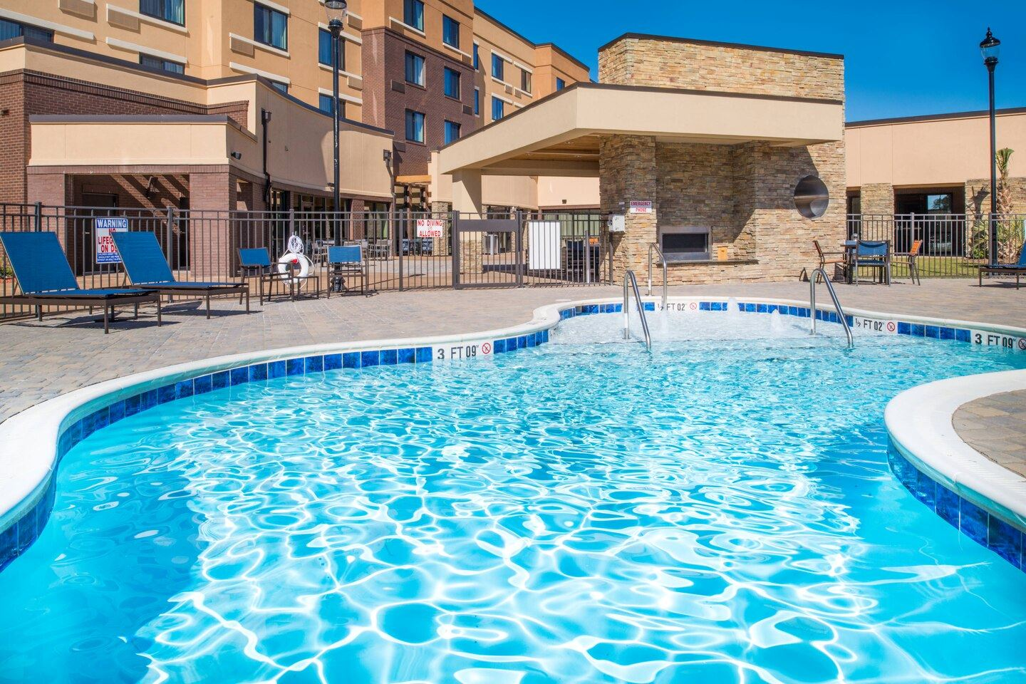 Pool Access with Affordable Hotel Options